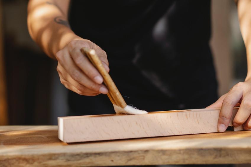 Co warto wiedzieć o lakierowaniu mebli?