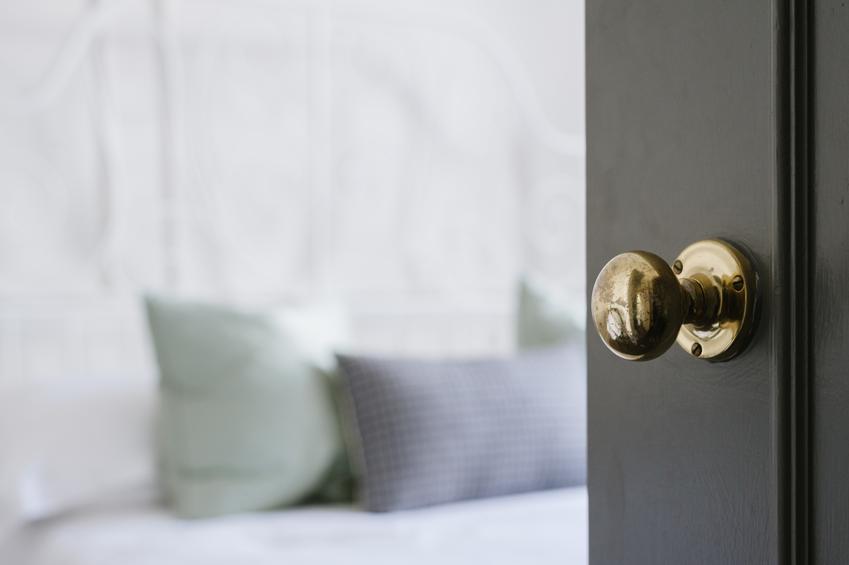Jak dobrać idealną klamkę do drzwi?