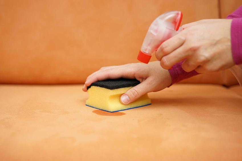 Środki do czyszczenia kanap domowymi sposobami można szybko przygotować są bardzo skuteczne, podobne jak firmy zajmujące sie czyszczeniem kanapy