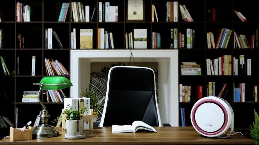 W ciągu ostatniego roku home office znacznie zyskał na popularności. Wiele osób w dalszym ciągu pracuje stacjonarnie dojeżdżając do pracy, ale spora liczba zatrudnionych zdecydowała się na pracę zdalną przystosowując do tego celu swój dom czy mieszkanie