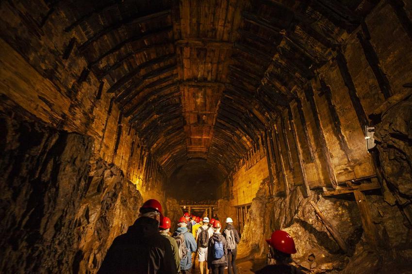 Kompleks Riese pod ziemią, a także TOP 10 miejsc, które warto zobaczyć na Dolnym Śląsku