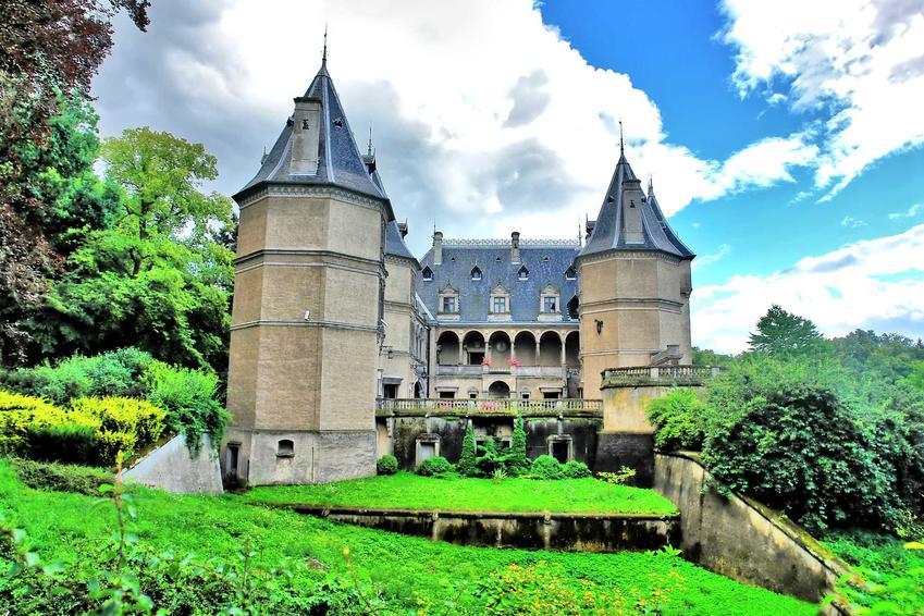 Zamek w Gołuchowie , idealnie zachowany, a także TOP 10 miejsc, które można zobaczyć w Wielkopolsce