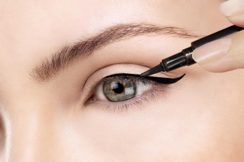 Mocno zaznaczone oczy i nieregularne kreski na powiekach, a także inne błędy w makijażu Polek, które najczęściej są popełniamy