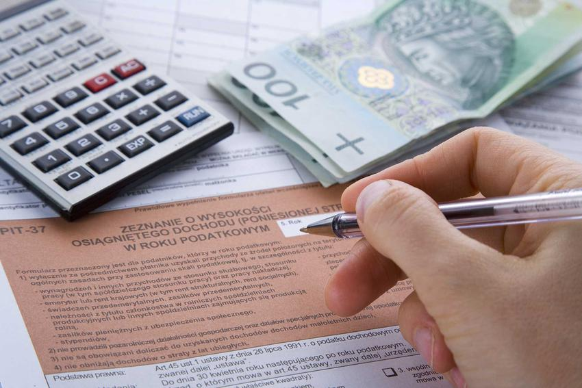Obliczanie podatku PIT, a także przegląd odliczeń i ulg na dziecko, czyli odliczenia dla rodziców