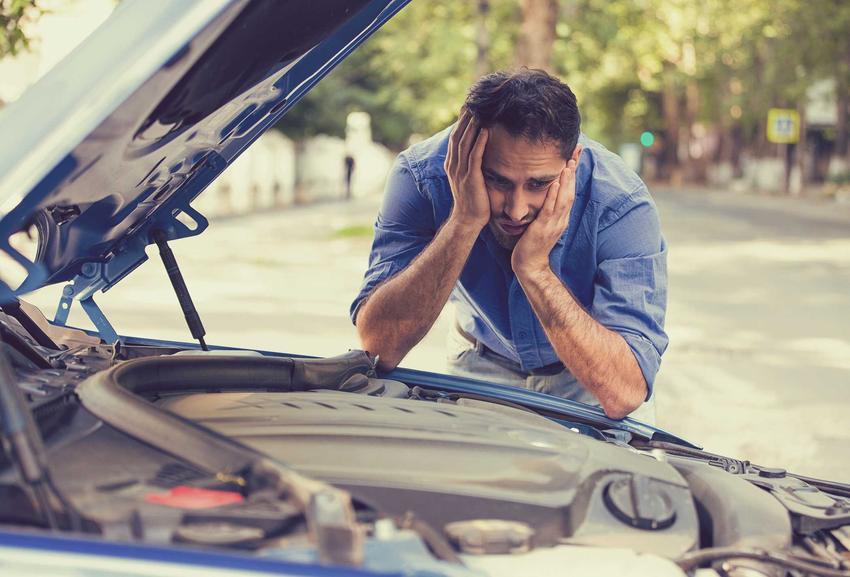 Usterki i brak przeglądu, a także inne 10 błędów przy zakupie używanych samochodów, najbardziej popularne błędy
