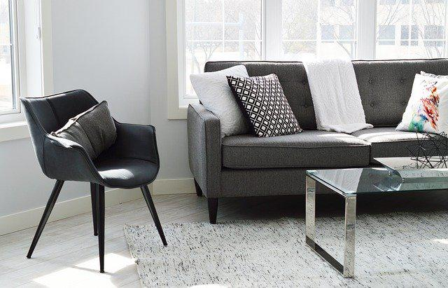 Sofa z funkcją spania - dlaczego cieszy się tak dużą popularnością?