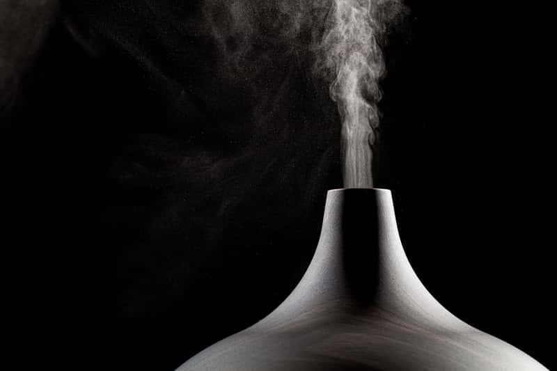Elegancki ceramiczny nawilżacz powietrza, a także producenci nawilżaczy, polecane modele oraz opinie i ceny