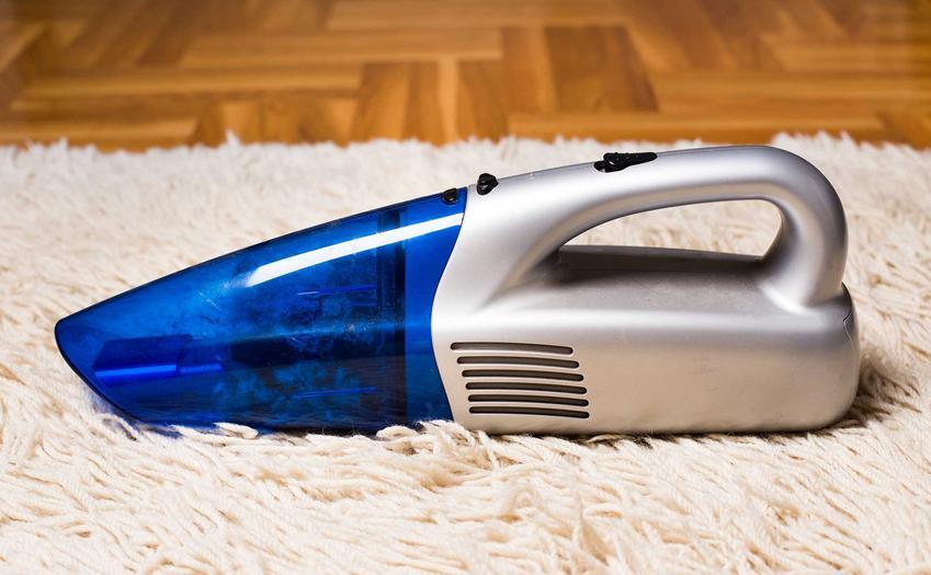 Odkurzacz ręczny to bardzo wygodny sposób na usunięcie zanieczyszczeń z tapicerki i samochodu. Skuteczność odkurzania jest bardzo wysoka
