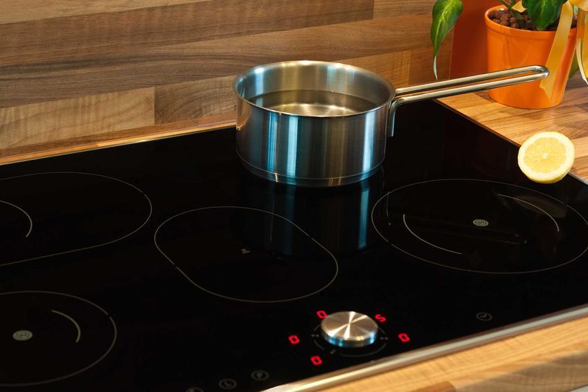 Płyta indukcyjna Chef Collection to świetne rozwiązanie. Ma bardzo wiele zalet, chociaż płyty indukcyjne Samsung mają dość wysokie ceny