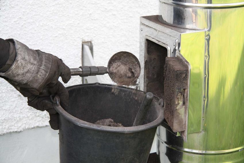 Czyszczenie komina od dołu, czyli zestaw do czyszczenia komina od dołu podczas użycia oraz zasady czyszczenia komina