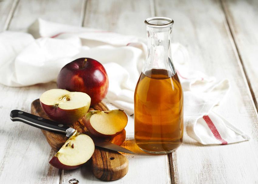 Ocet jabłkowy domowej roboty oraz przepis, jak zrobić ocet jabłkowy z obierek jabłek, a także inne przepisy i zastosowanie