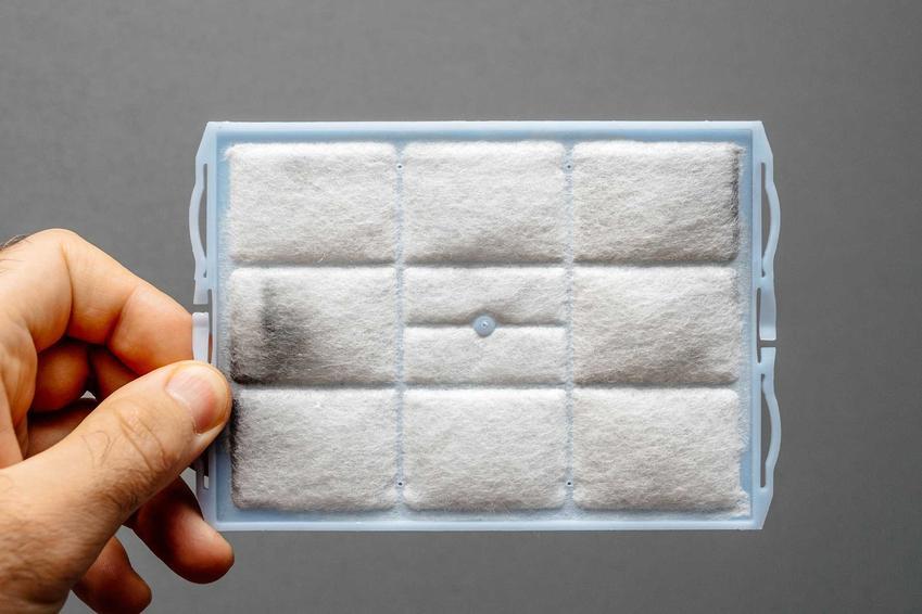Brudny filtr hepa, a także najważniejsze porady dotyczące czyszczenia filtra hepa, jak często czyścić filtr