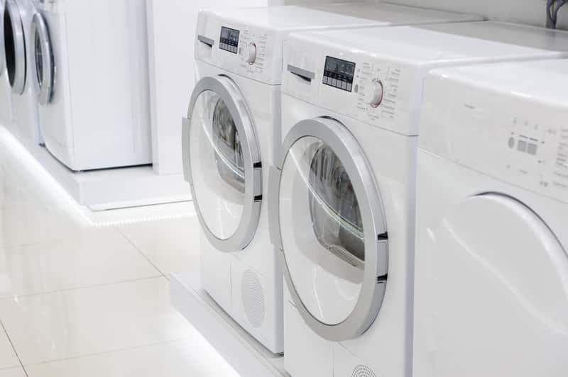 Suszarka kondensacyjna to rozwiązanie do domu, które musisz mieć w pralki. Suszenie ubrań w suszarce kondensacyjnej
