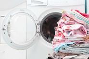 Domowe sposoby na czyszczenie pralki - poznaj sprawdzone metody