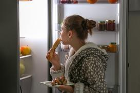 Jak zmniejszyć apetyt? 5 praktycznych porad na ograniczenie łaknienia