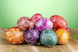 Dekoracja jajek wielkanocnych - 3 najlepsze pomysły krok po kroku