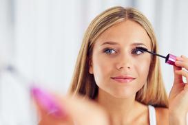 Jak malować oczy krok po kroku - 3 najlepsze metody