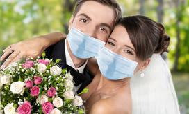 Jak zaplanować wesele w dobie pandemii? O czym warto pamiętać, jak zapewnić bezpieczeństwo gościom i spełnić wymagania sanepidu?