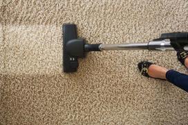 Czym i jak wyprać dywan? Sprawdzone, domowe sposoby