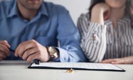 Jak napisać pozew rozwodowy? Wyjaśniamy krok po kroku