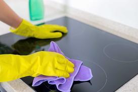 Czym i jak czyścić płytę indukcyjną? Domowe sposoby i praktyczne metody
