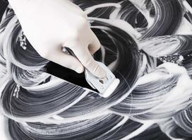 Skrobak do płyt ceramicznych i indukcyjnych – rodzaje skrobaczek, opinie, zastosowanie
