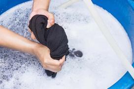 Pranie ręczne - co należy prać ręcznie i jak to zrobić?