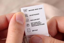 Oznaczenia prania na metkach - co oznaczają konkretne symbole?