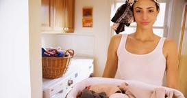 Suszarka ścienna na pranie - rodzaje, ceny, opinie, polecane produkty
