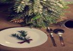 Choinki sztuczne na pniu i choinki wąskie – najmodniejsze drzewka świąteczne tego sezonu